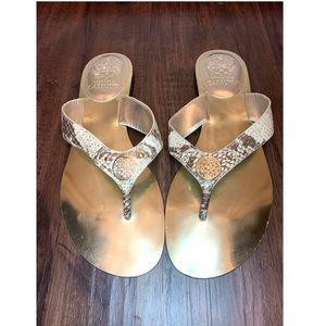 VINCE CAMUTO Thong Sandals/Flip flop GOLD